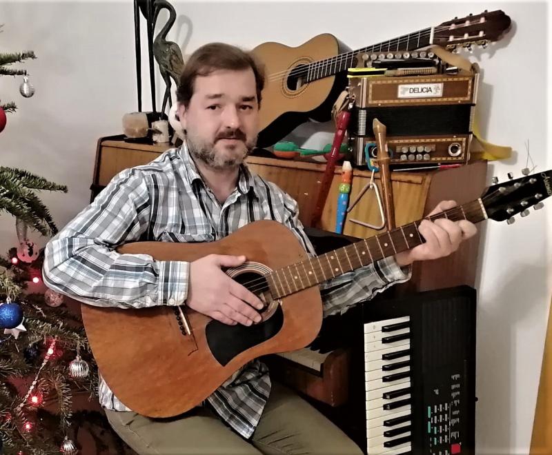 Petr Čagánek se těší na témata písní od diváků