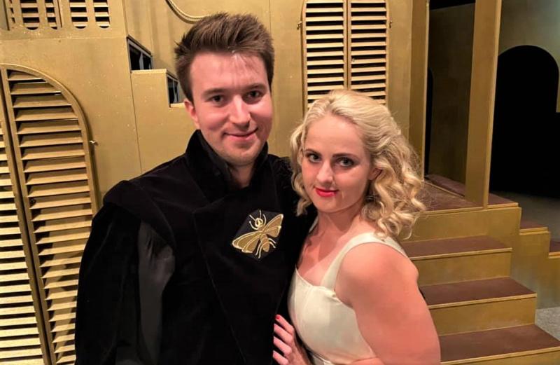 Pavel Šupina a Petra Staňková v kostýmech Romea a Julie