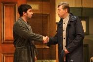 jako Uncle George v komedii Nájemníci, vlevo Zdeněk Trčálek (Norman Bassett) - foto Jan Karásek