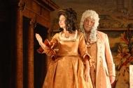jako Dvořan v Lucerně, vlevo A. Pospíchalová (Kněžna) - foto Jan Karásek
