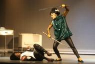 jako Liu v inscenanaci Cybercomics, vlevo Klára Vojtková (Vera) - foto Jan Karásek