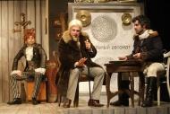 jako Glov starší v komedii Hráči, vlevo Josef Kubáník (Utěšitel), vpravo Zdeněk Trčálek (Krugel) - foto Jan Karásek