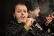 jako Smrž v dramatu Kalibův zločin, za ním Petr Čagánek (Konopáč) - foto Jan Karásek