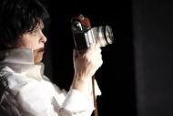 jako umělecká fotografka Conti v dramatu Emilia Galotti - foto Petr Krejčí