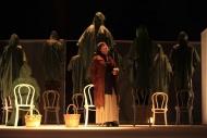 jako Marta v inscenaci Denní dům, noční dům - foto Jan Karásek
