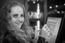 Čarodějnice v kuchyni, po premiéře - herečka Petra Staňková - foto Marek Malůšek