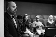 Platonov, zahajovací zkouška - ředitel divadla zahajuje zkoušku Platonova - foto Marek Malůšek