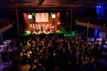 Taneční parket plesu Slováckého divadla a Ray Service